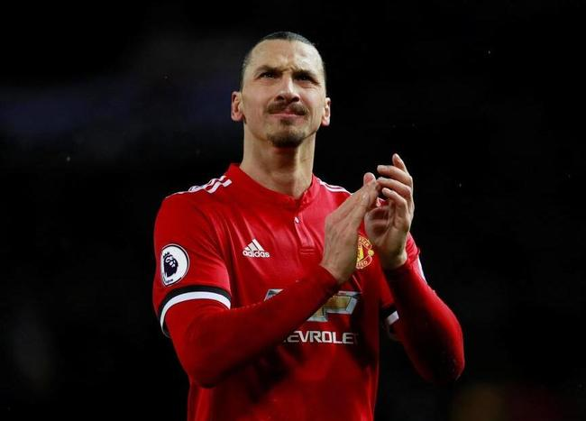 José Mourinho rozhodne o příměří Zlatan Ibrahimović po dobu jednoho měsíce