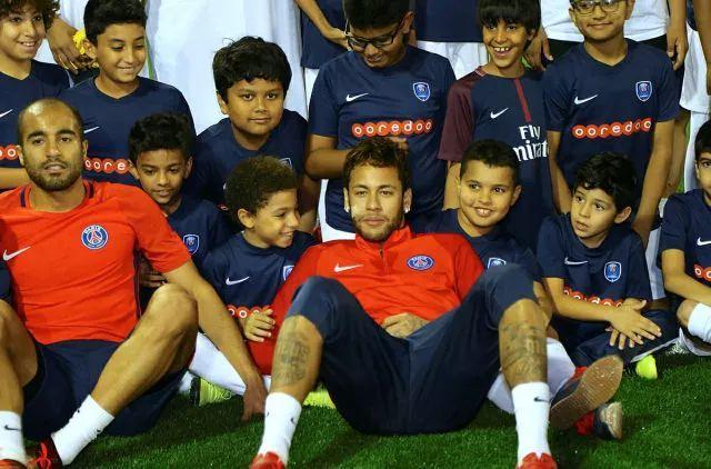Neymar korunoval v roce 2017 brazilský fotbal